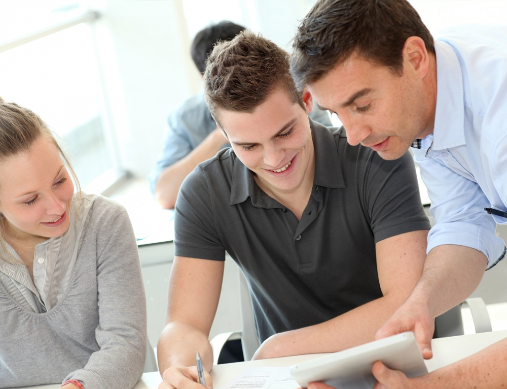 Kosten eines Studiums sind nur bei Zusammenhang des Erwerbs abziehbar